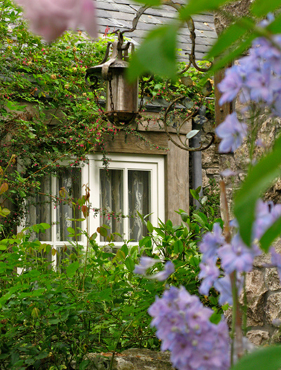 Biddlestone Cottage Garden Window