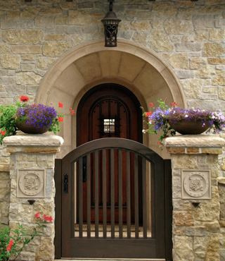 Irish Rose Front Gate
