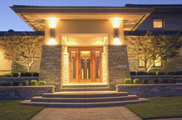 Craftsman | Lighted Entry